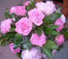 Centrotavola rose e peonie rosa
