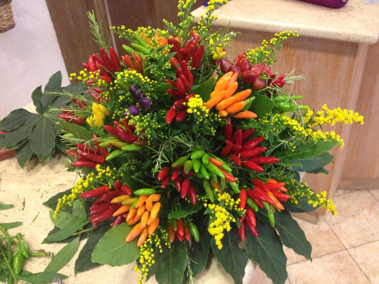 Elisabetta fiori e piante bouquet di peperoncino for Acquisto piante peperoncino