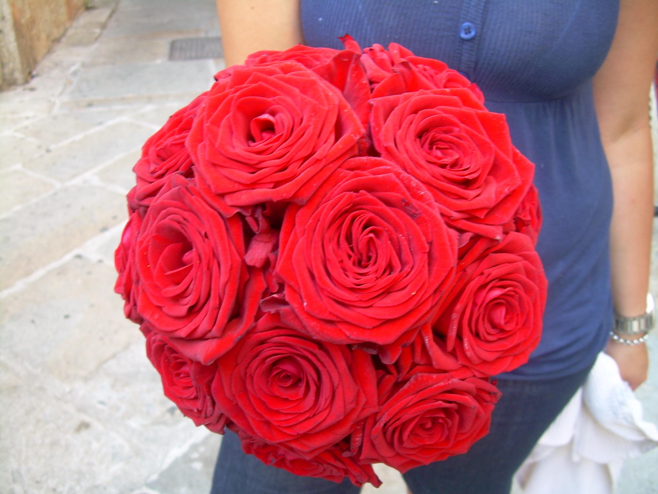 Beautiful Bouquet Di Rose Rosse Naomi