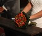 Bouquet di iperico, aspidistria e beargrass