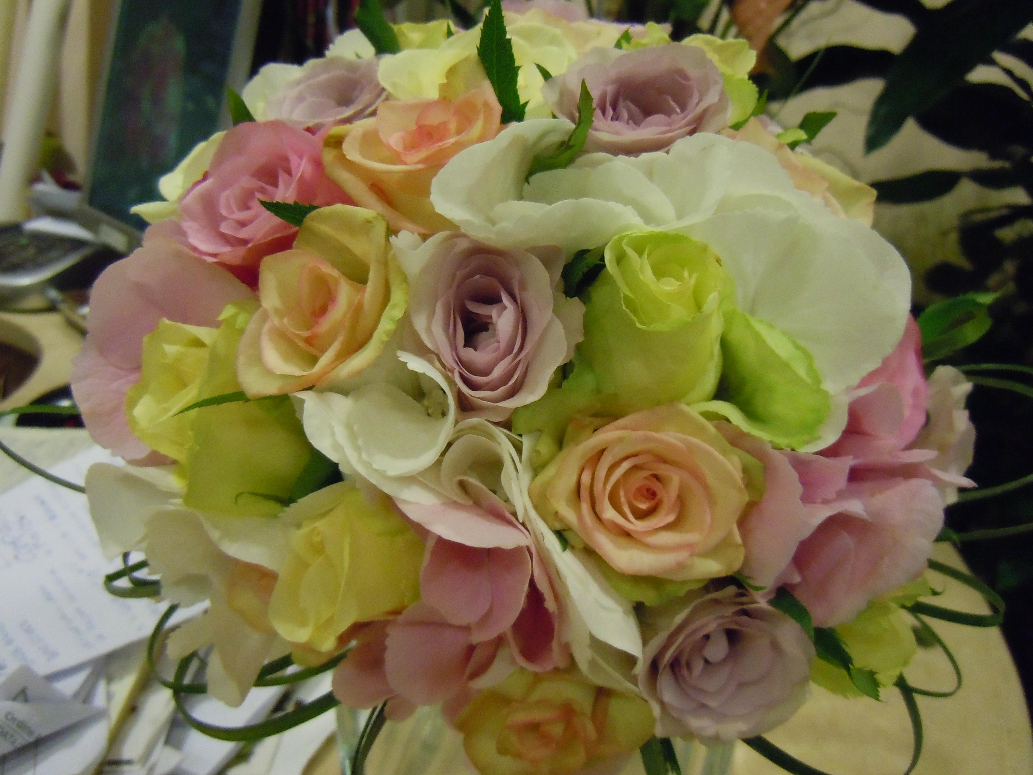 Fiori Ortensie Bianche : Elisabetta fiori e piante bouquet con ortensie rosa